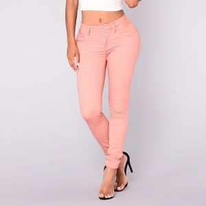 round of applause booty shaped jeans mauve